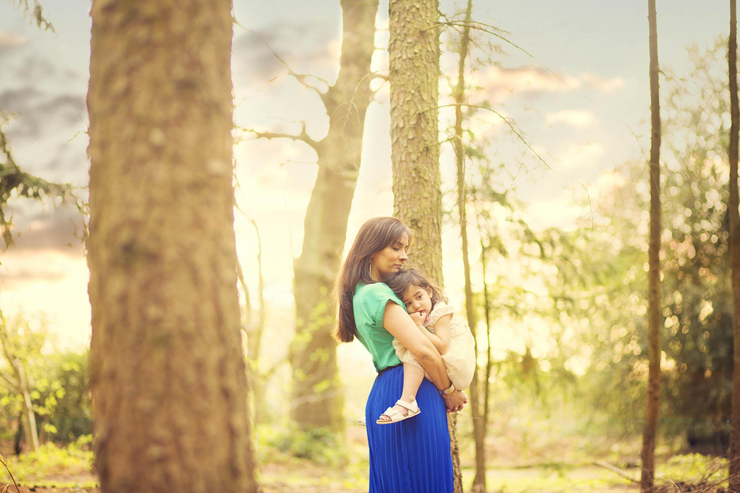 Slough Outdoor Family Photographer 1.jpg