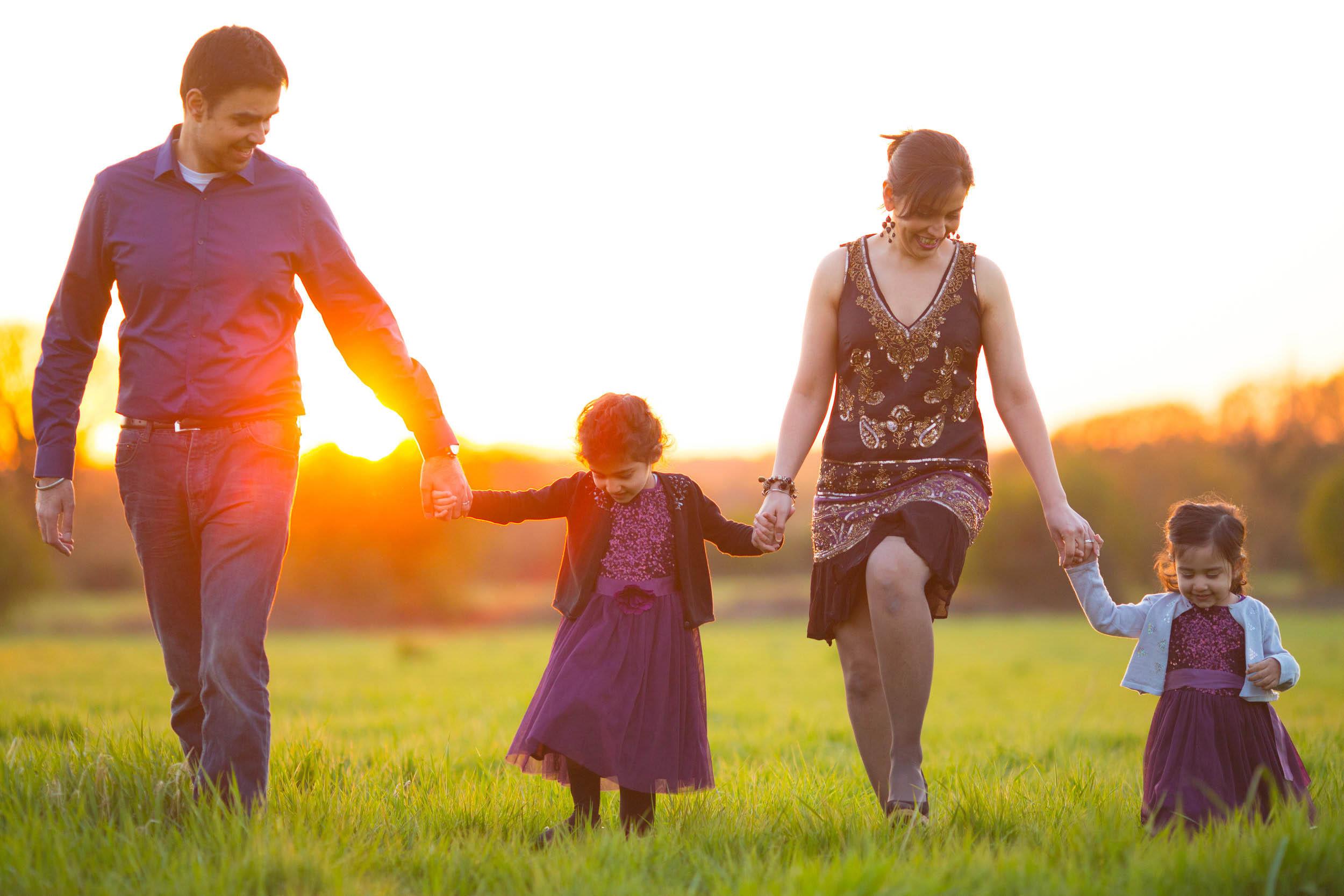 Slough Outdoor Family Photographer 5.jpg