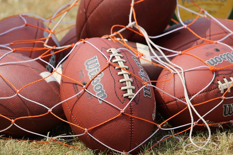 football-2372422_960_720.jpg