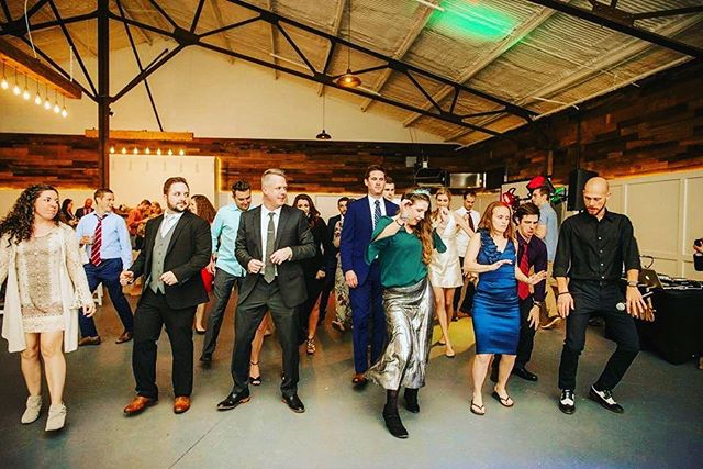 Anyone else so excited about spring that it makes you want to dance ?💃🕺🏼🧖🏽♀️🌷 #downtownlexington #theheartwood #kyproud #kyproudweddings #eventplanner #eventplanning #lexingtonkentucky #wedding