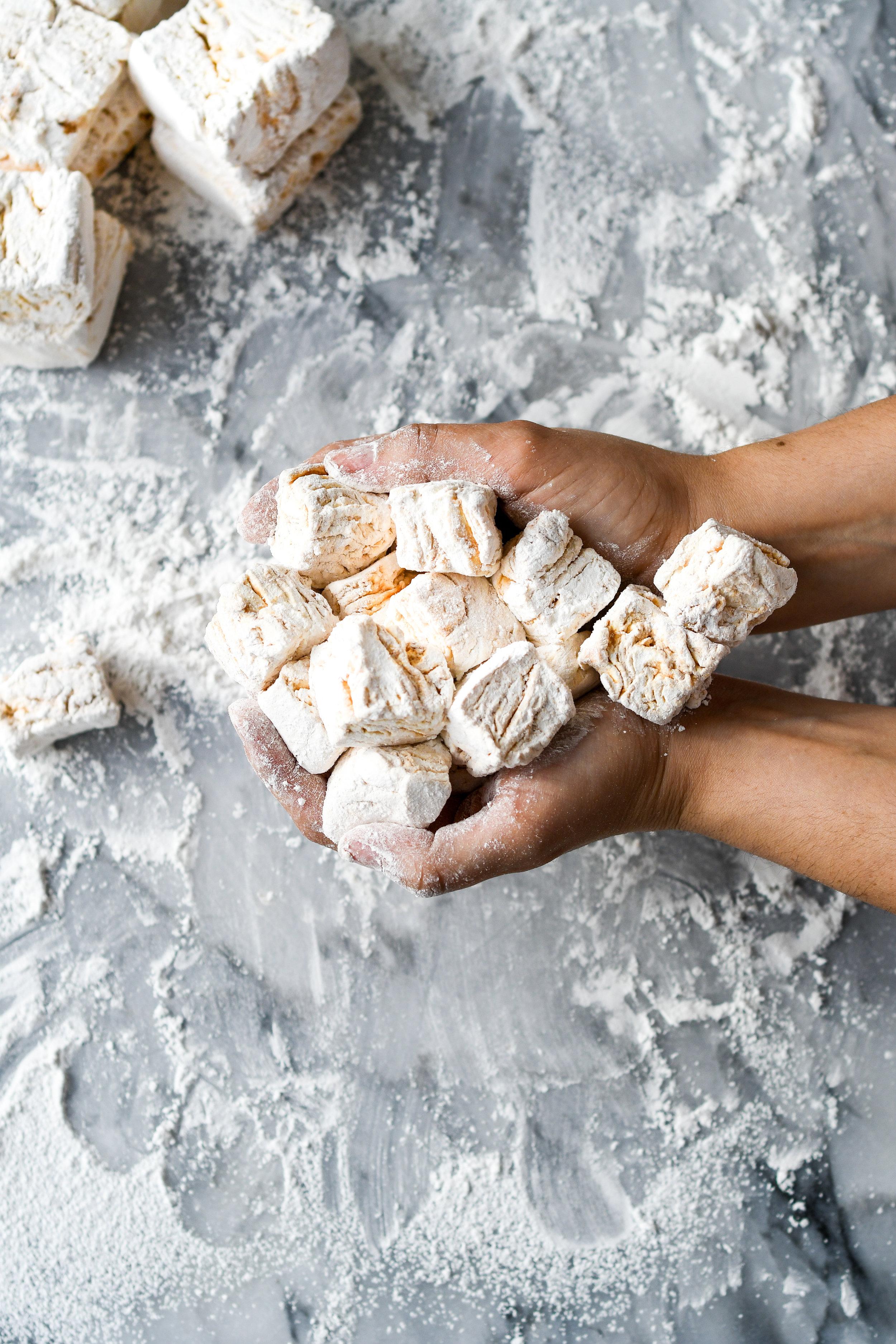 pb swirl marshmallows