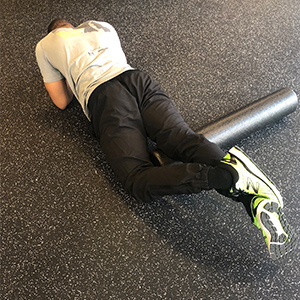 If you find that you need more pressure to alleviate your quads, stack the legs for an increased effect, or lie on each leg individually.