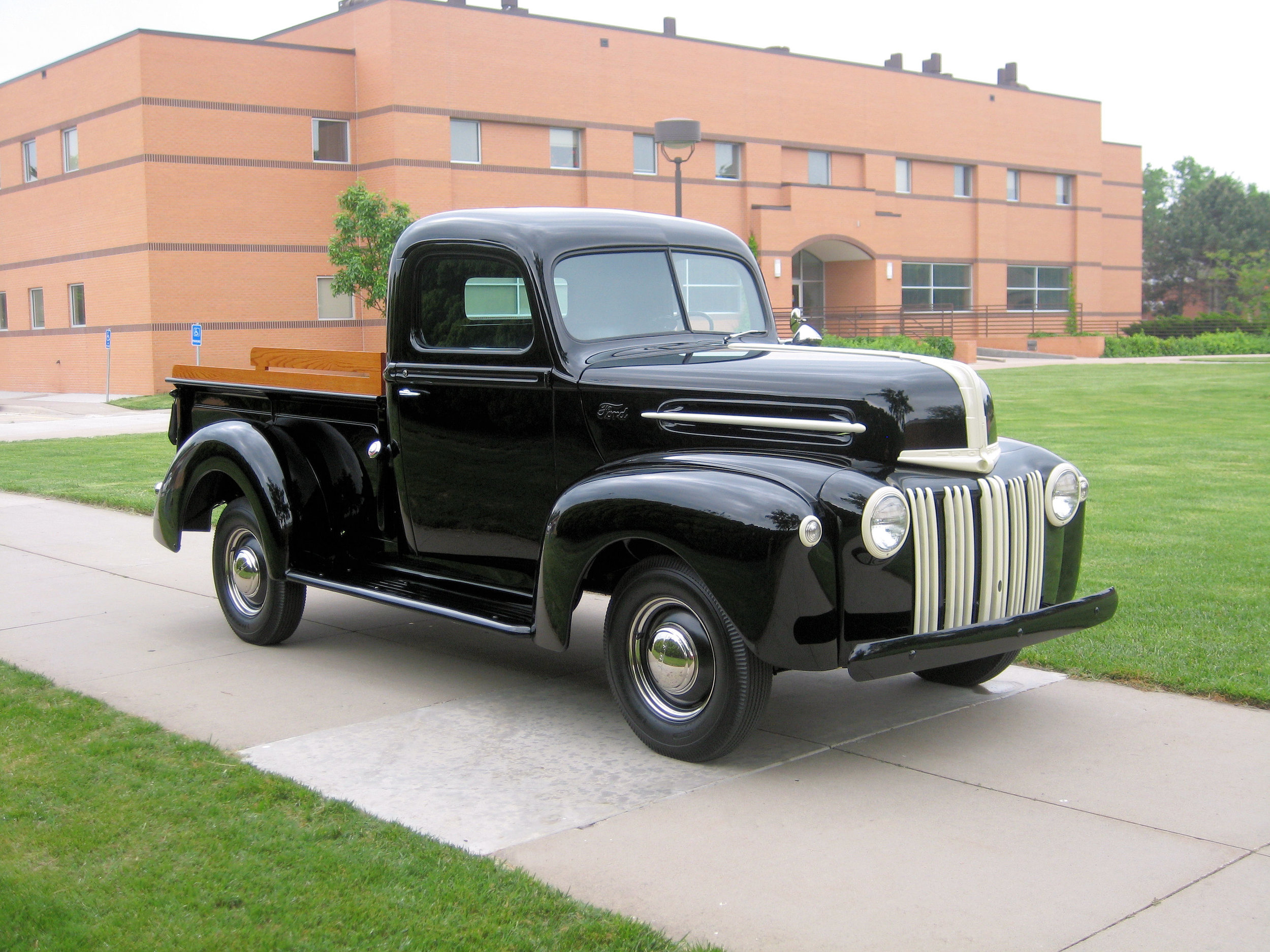 1947 Ford 1/2 Ton Pick-Up