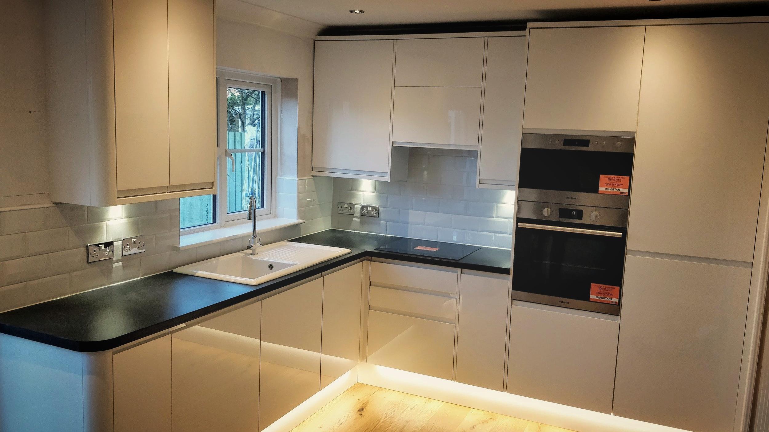 Modern kitchen install