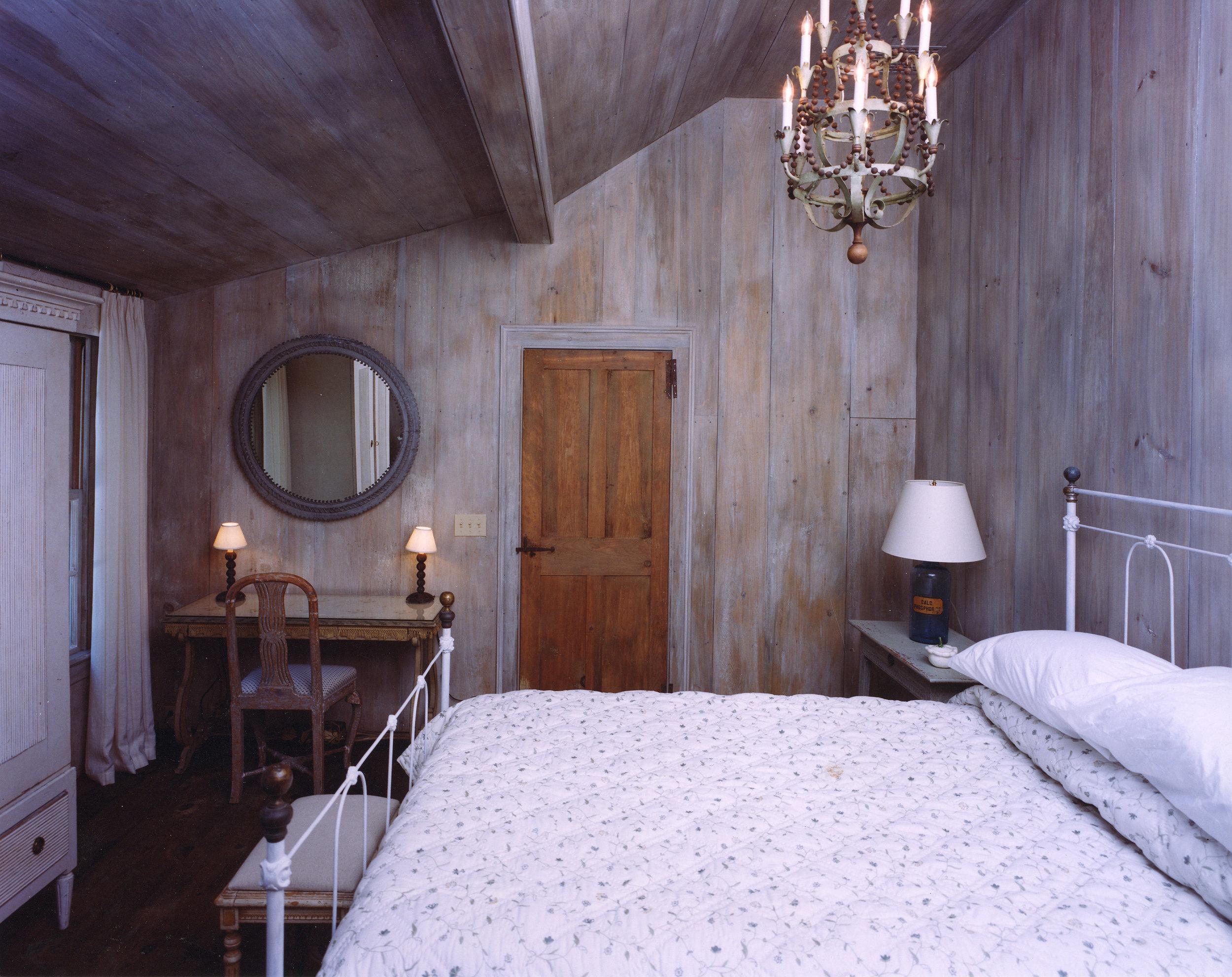 Weinberg Bedroom.jpg