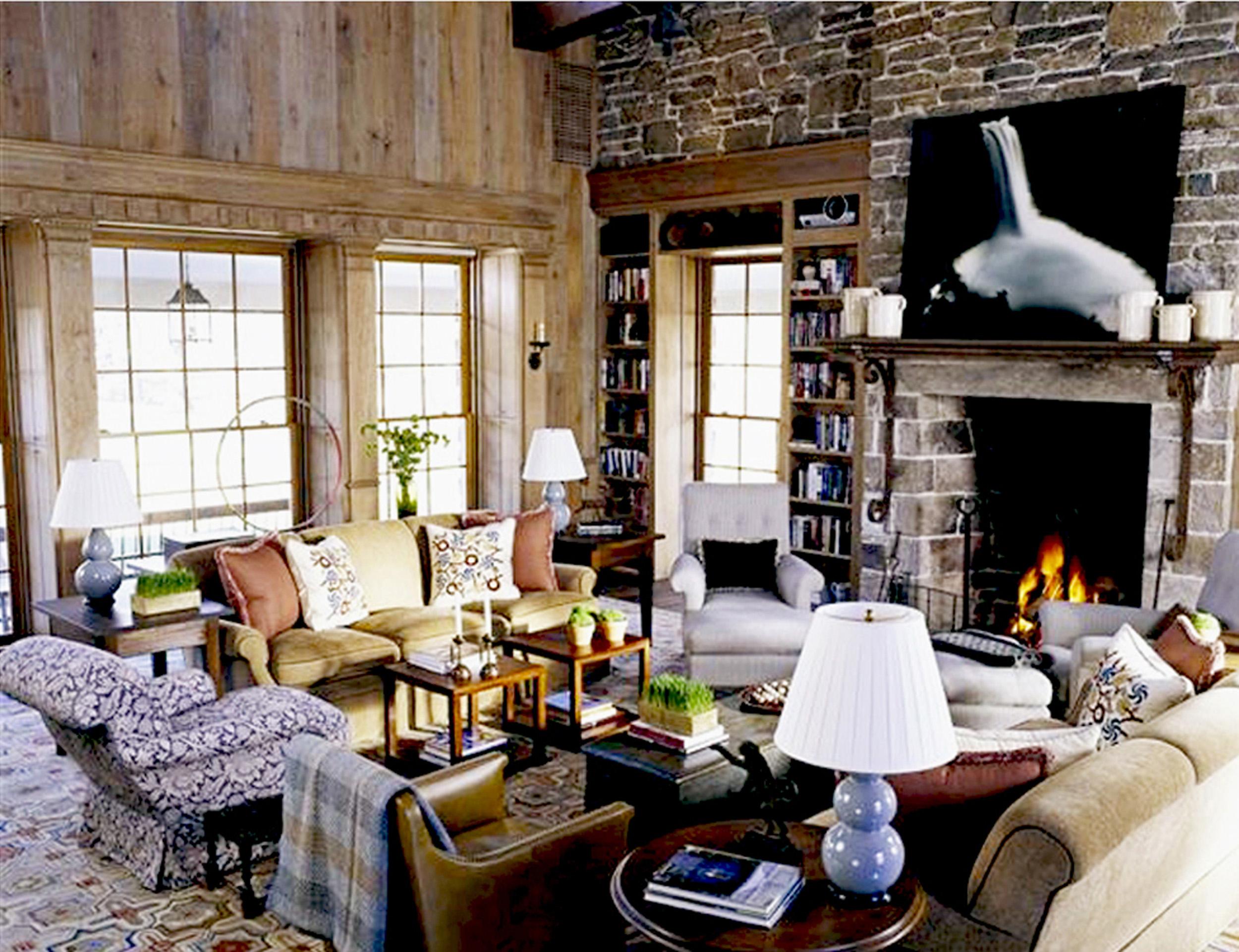 Weinberg Family Room 2 Left.jpg