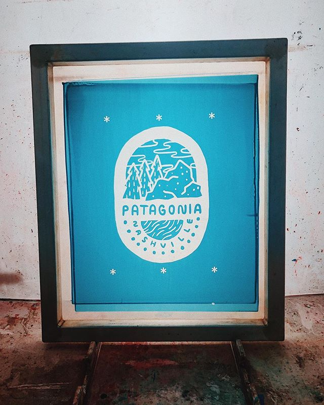 Gearing up for our @patagonianashville live print! Playing a lot in the shop with colors and inks today. Come hang with us tomorrow and bring your own tee, jacket, denim, tote bag/whatever the hell you have that's flat and we'll sling some ink onto it! . . . #screenprintingsucks #livescreenprinting #liveprint #patagonia #localbusiness #nashville #patagonianashville #plastisol #screenprinter #screenprint