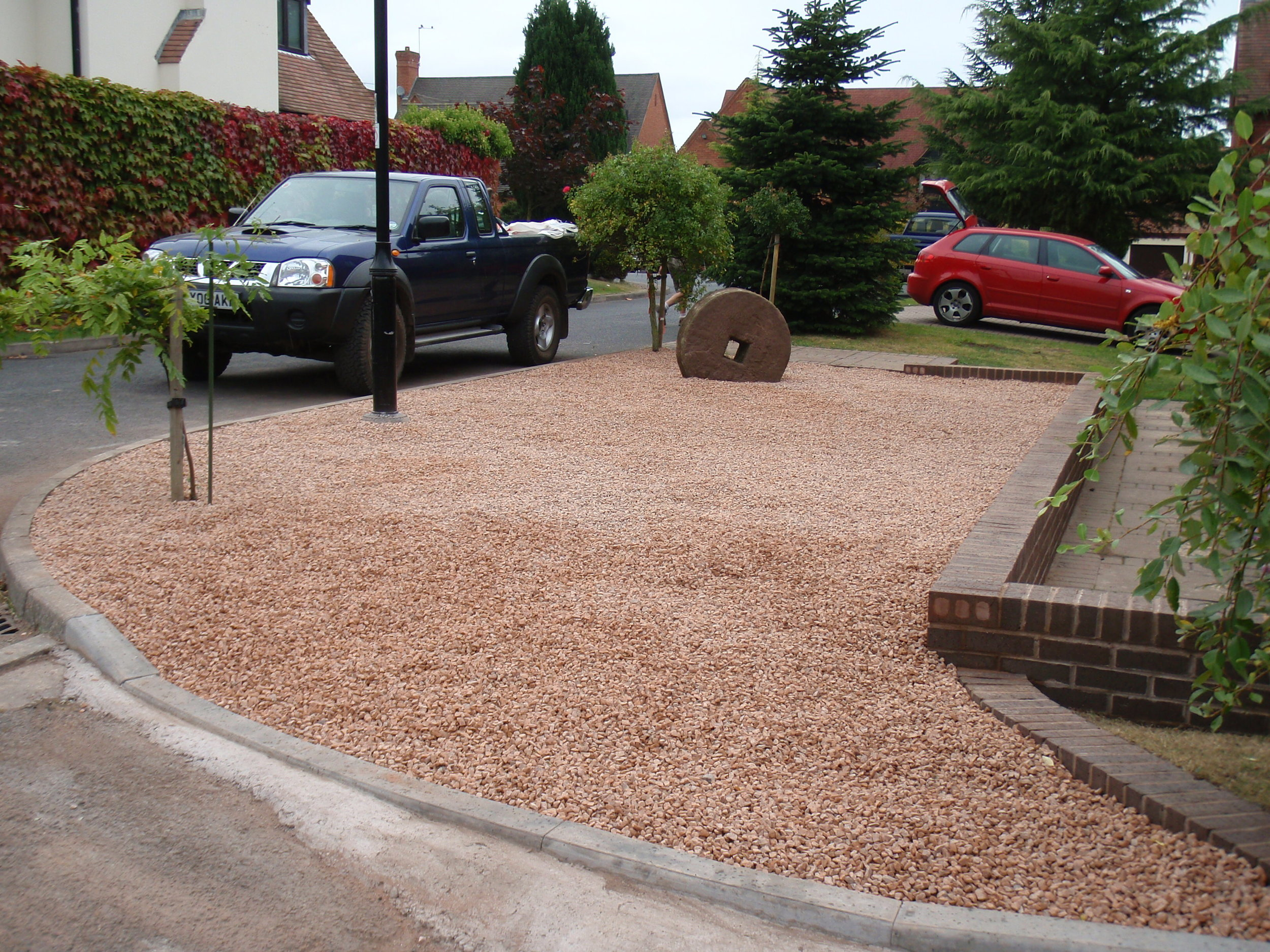 Forest of Dean stone driveway - Enville