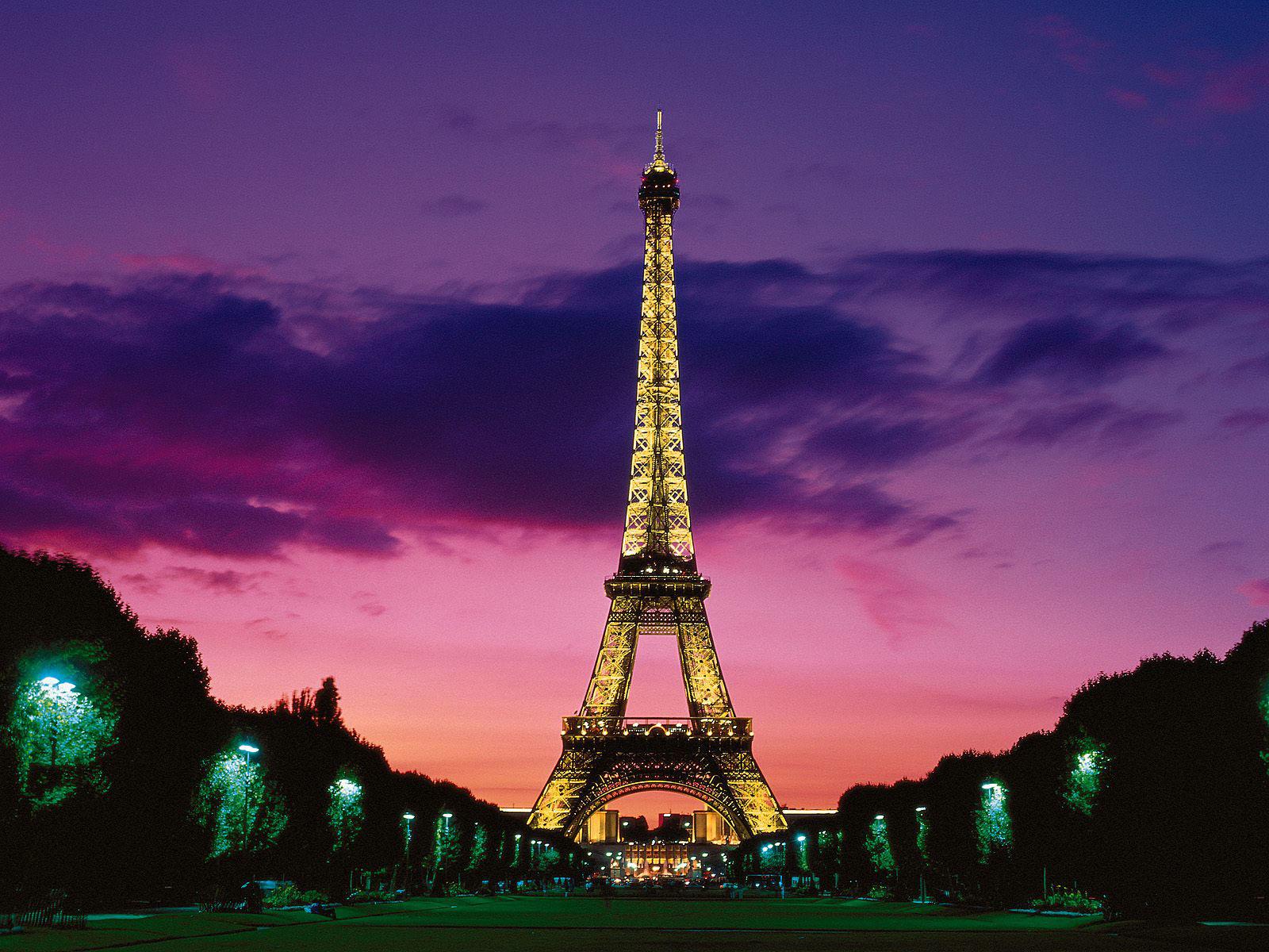 Eiffel Tower Wallpapers 1.jpg