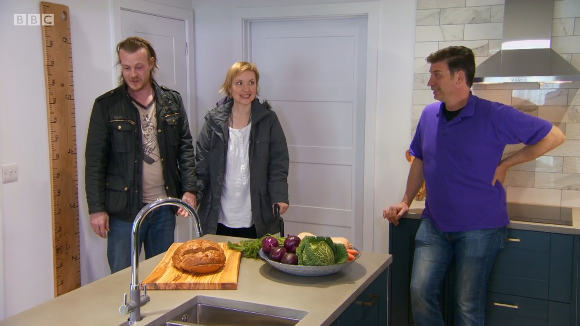 Ewan's hand-painted height ruler. And Rob & Charlotte looking so happy with their new home