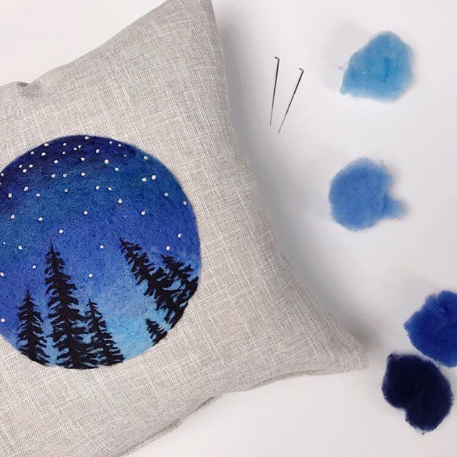 Here's a peek at one of our fresh, new workshops this September for our retreat in Hot Springs, AR! Dani of @begoodnatured will lead a needle felting class where you'll add a beautiful design to a linen blend pillow cover. The theme for this workshop will be night skies (think sunsets and silhouettes), and we are already excited to see what you'll come up with! 🤩 Registration for September's retreat is open!  Stay tuned for more workshop peeks. ✨ #needlefelting #paintingwithwool #creativesocialretreat #hotspringsarkansas