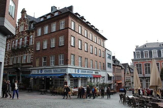 Shopping und Kultur in Aachen -