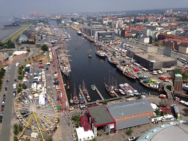 SIGHTSEEING IN Bremerhaven -