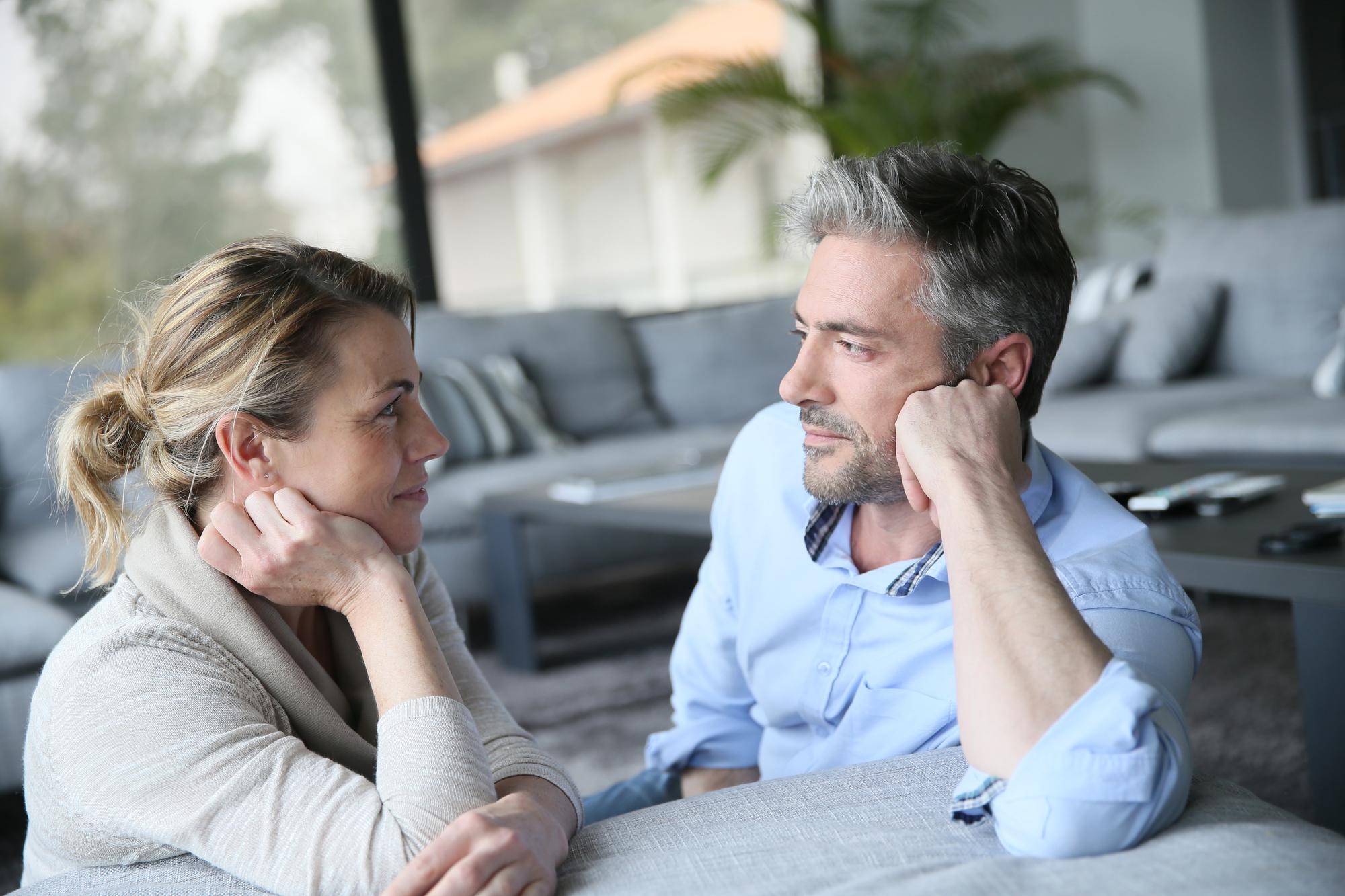 Couples_talking_kelly_chisholm.jpg