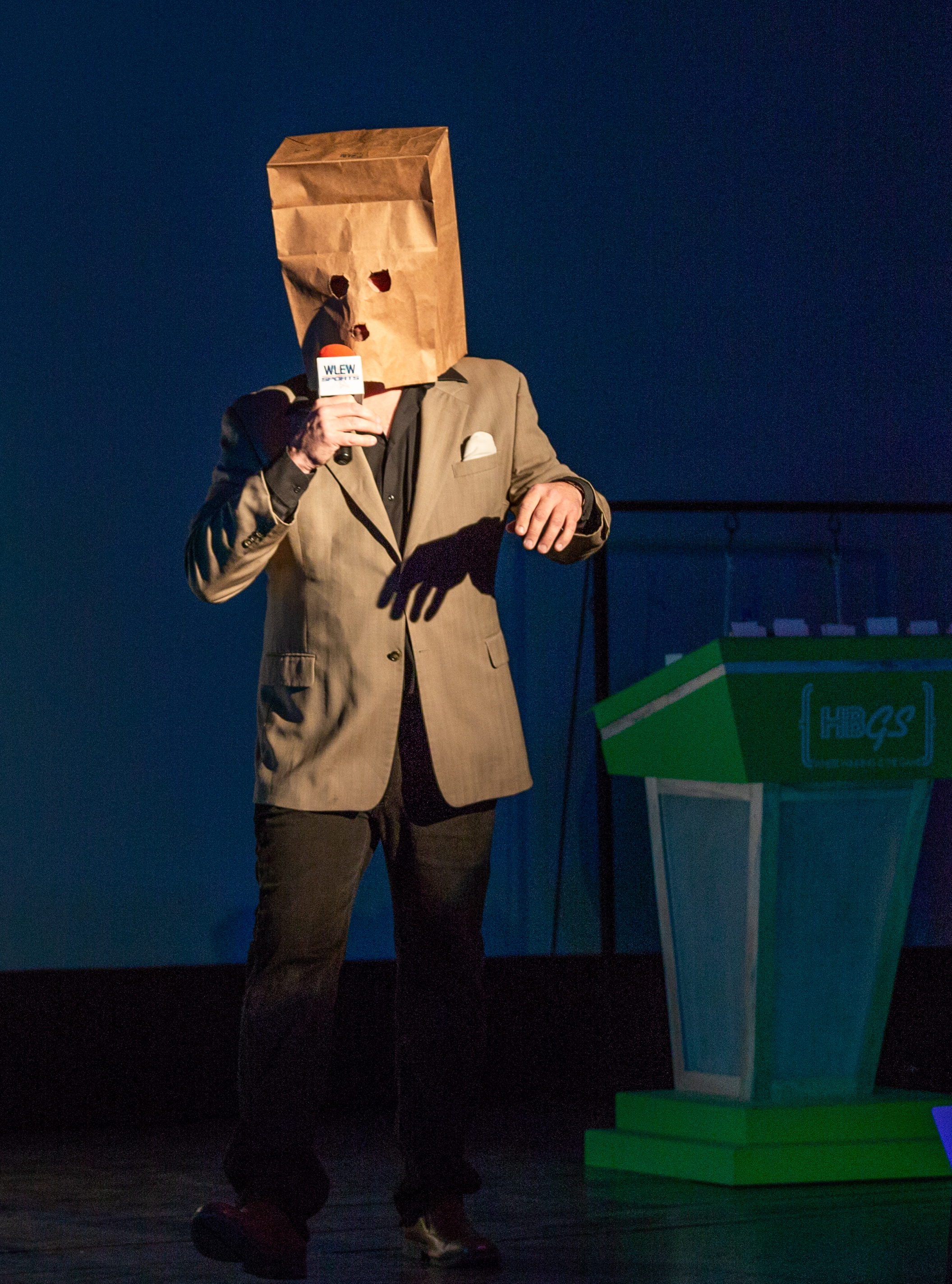 Darin McNabb as the Unknown Comic.