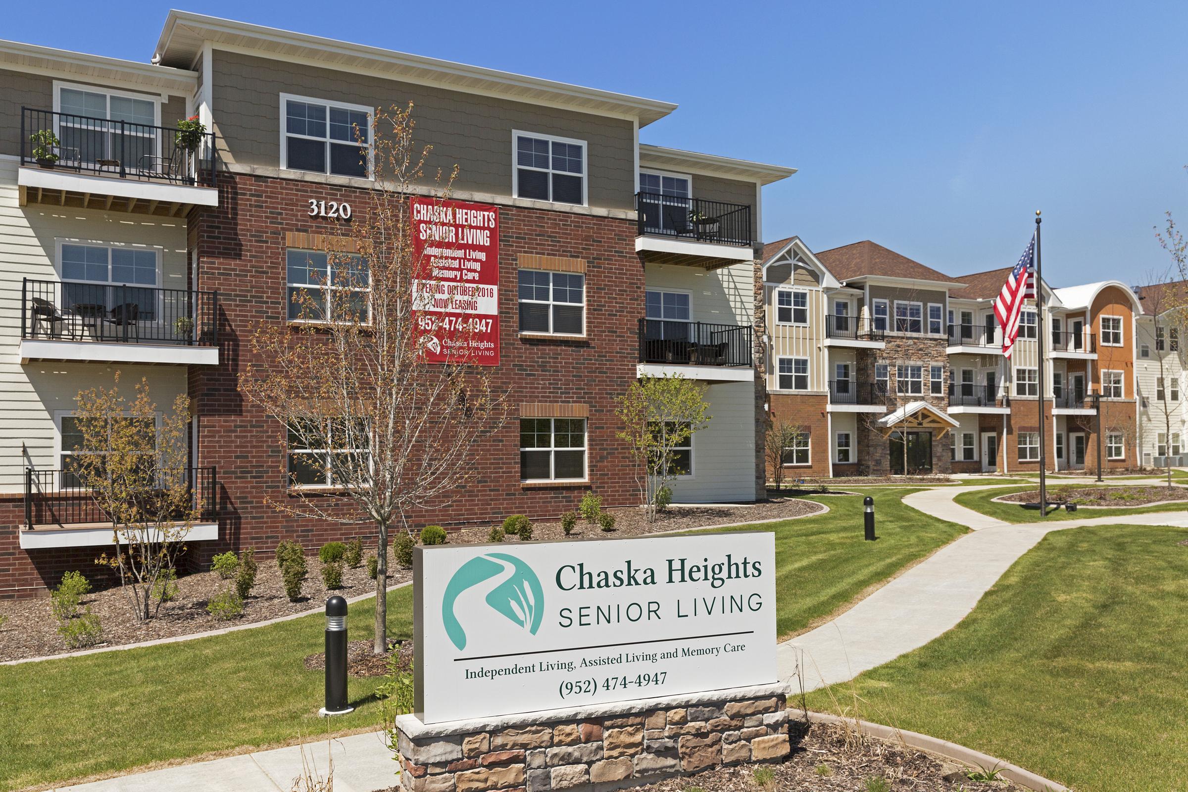 Chaska Heights_001.jpg
