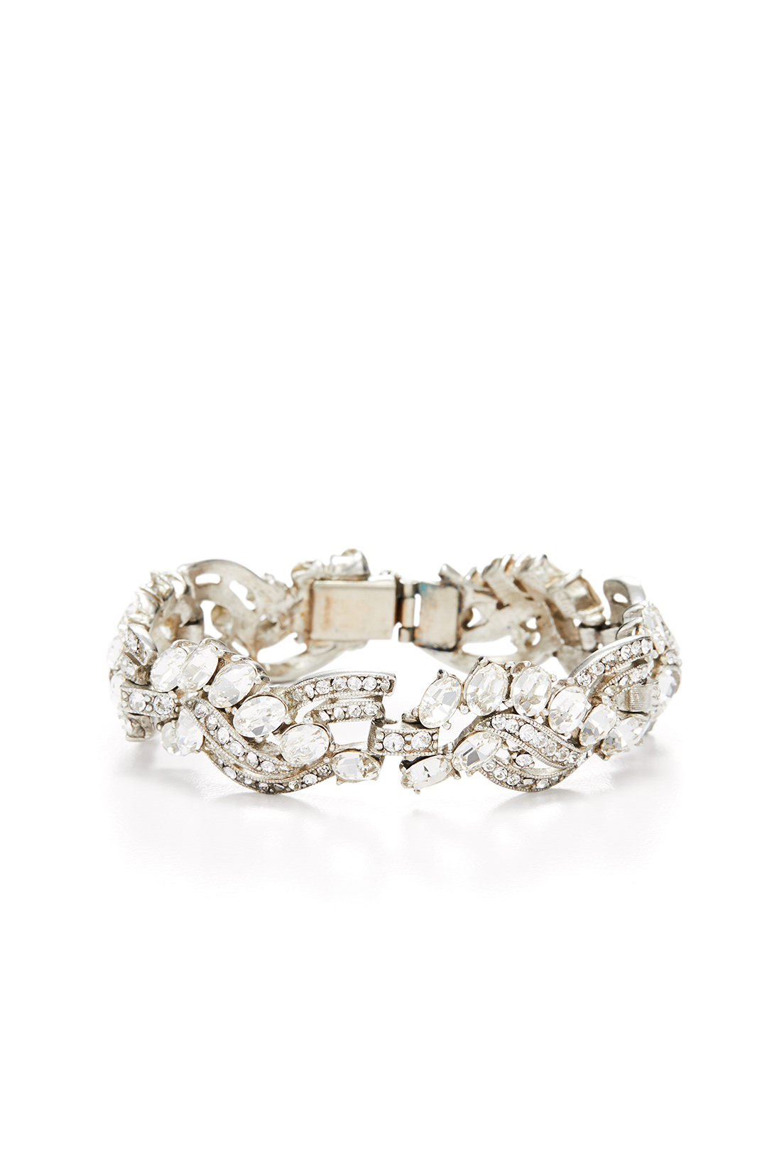 Ben-Amun Twisted Crystal Bracelet - This is stunning and I've wanted to rent this for a while but I keep forgetting…I need to get better at remembering.