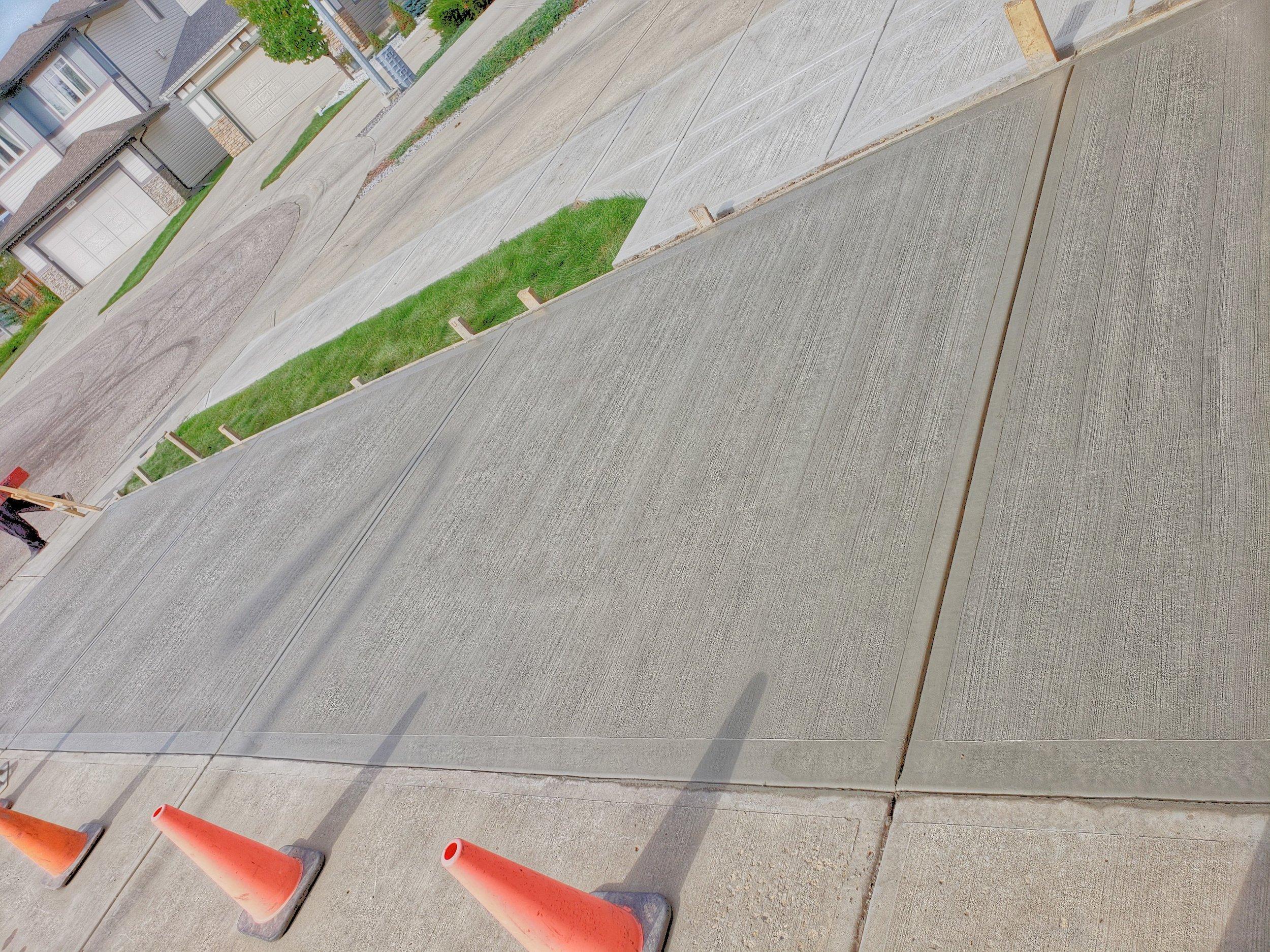 PicsArt_09-14-09.46.20.jpg
