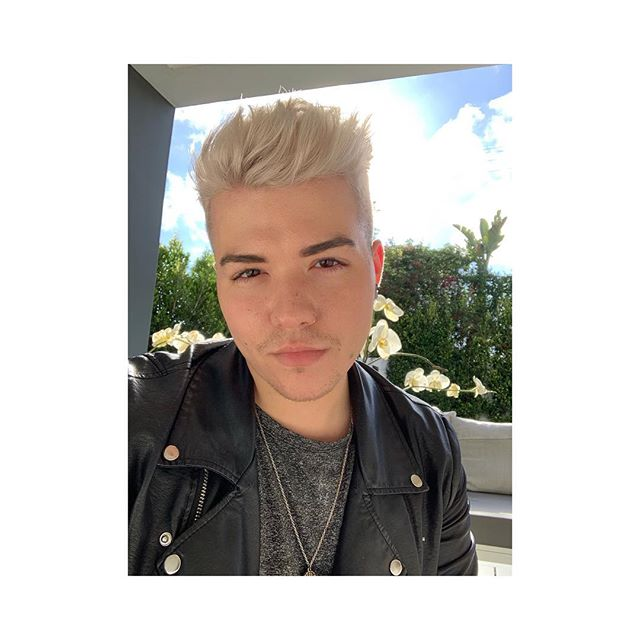 Back to blonde 💁🏼‍♂️☀️🌴