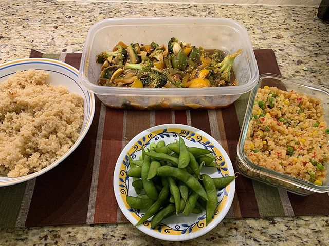 Low on fuel and resources for my food prep Sunday. But can always whip together a basic stir fry, quinoa, boiled edamame, and packaged cauliflower rice. I like to turn this into a fun lunch Buddha bowl during the week and just add a ginger miso dressing and sesame sticks.  #foodismedicine #20minutemeals #sundayfoodprep