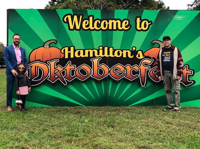 Great day talking to the people of NJCD-4 with NJ's only true choice for Senate MURRAY SABRIN. Hamilton and Allentown did a great job with their fall festivals! The Democrat and Republican volunteers were friendly and cordial! Our message was well received by many! All in all it was a fantastic day. Even got to shake hands with Incumbent Chris Smith (R). His staff quickly whisked him away for photos with the uninspiring, don't vote for him, same as the other Bob, Sen. Cand.Bob H. (R) but hopefully he will show at the forum this Thursday 10/18 @ Brookdale!  P.S. How awesome is my little campaign manager?! Her jacket and sunglasses stole the show!! @sabrinforsenate @newjerseylp @libertarianpartyofficial #lp18