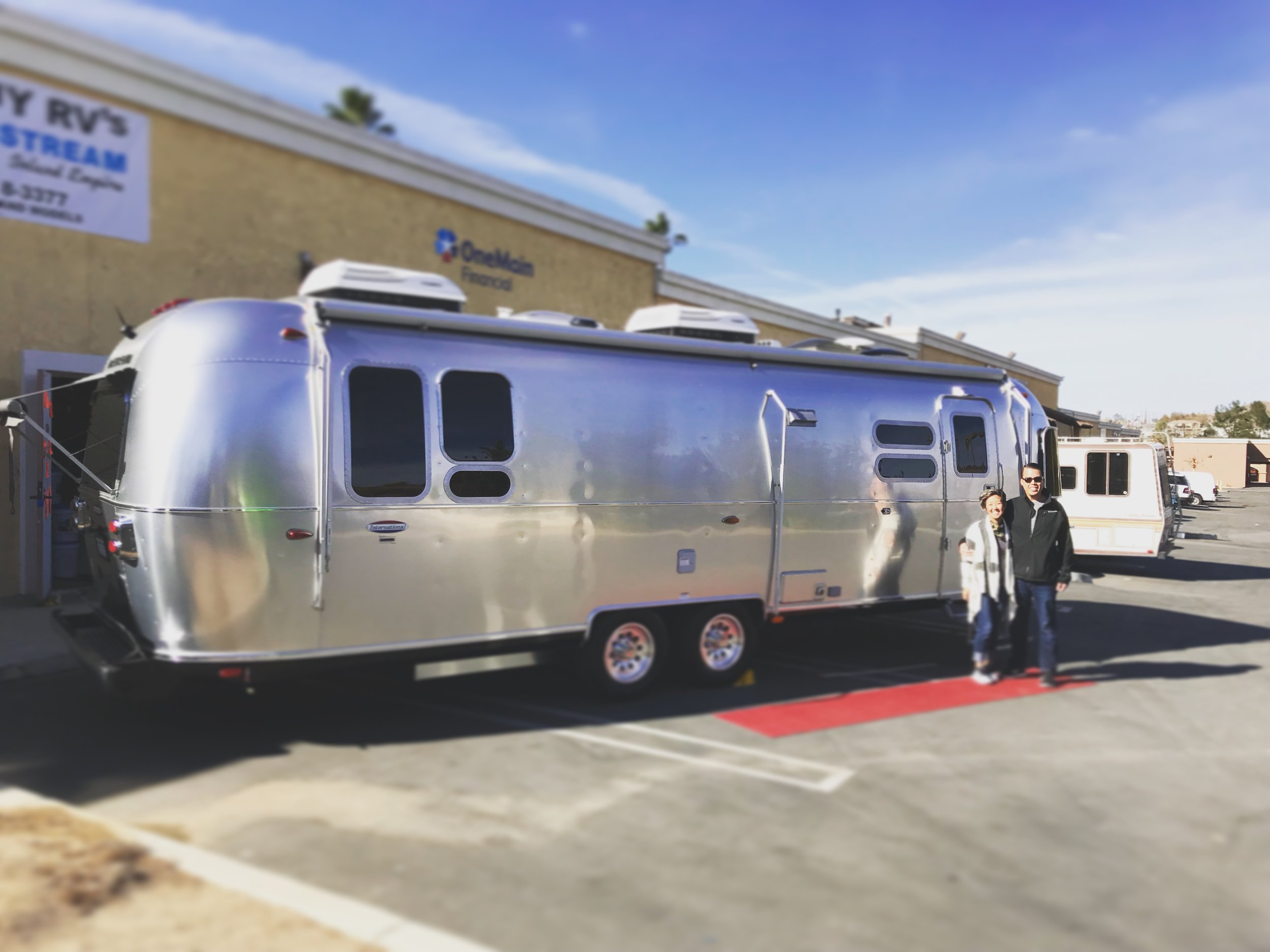 December 9, 2017 - At the Inland Empire Airstream dealership for our walk-through!