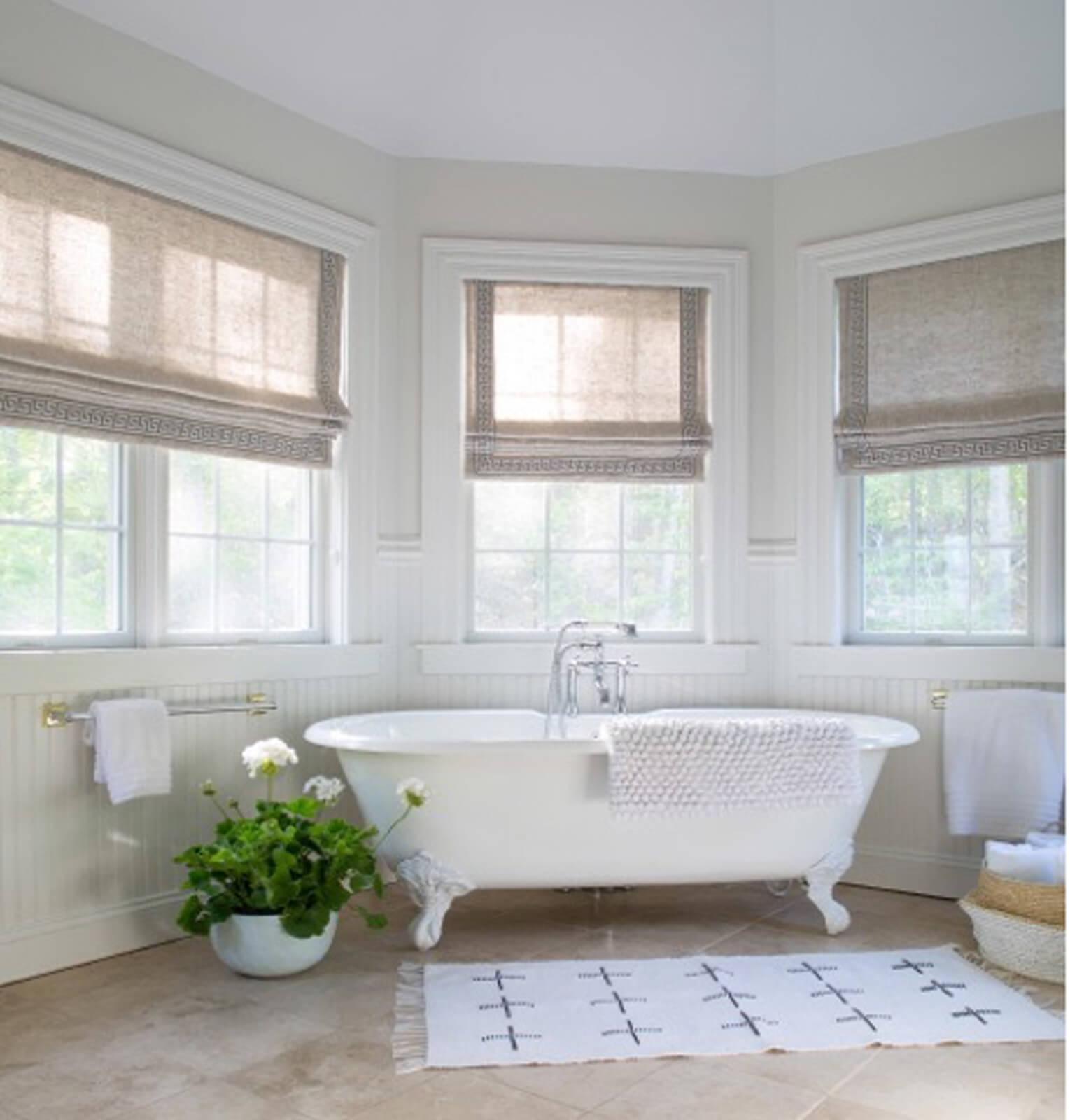 Bathroom_walls_painted_with_Aura_Bath_Spa_Matte.jpg