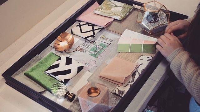 Designer Spotlight 🔦 ⠀⠀ Annie's Super Chic Tropical Living Room Décor Board 🏝