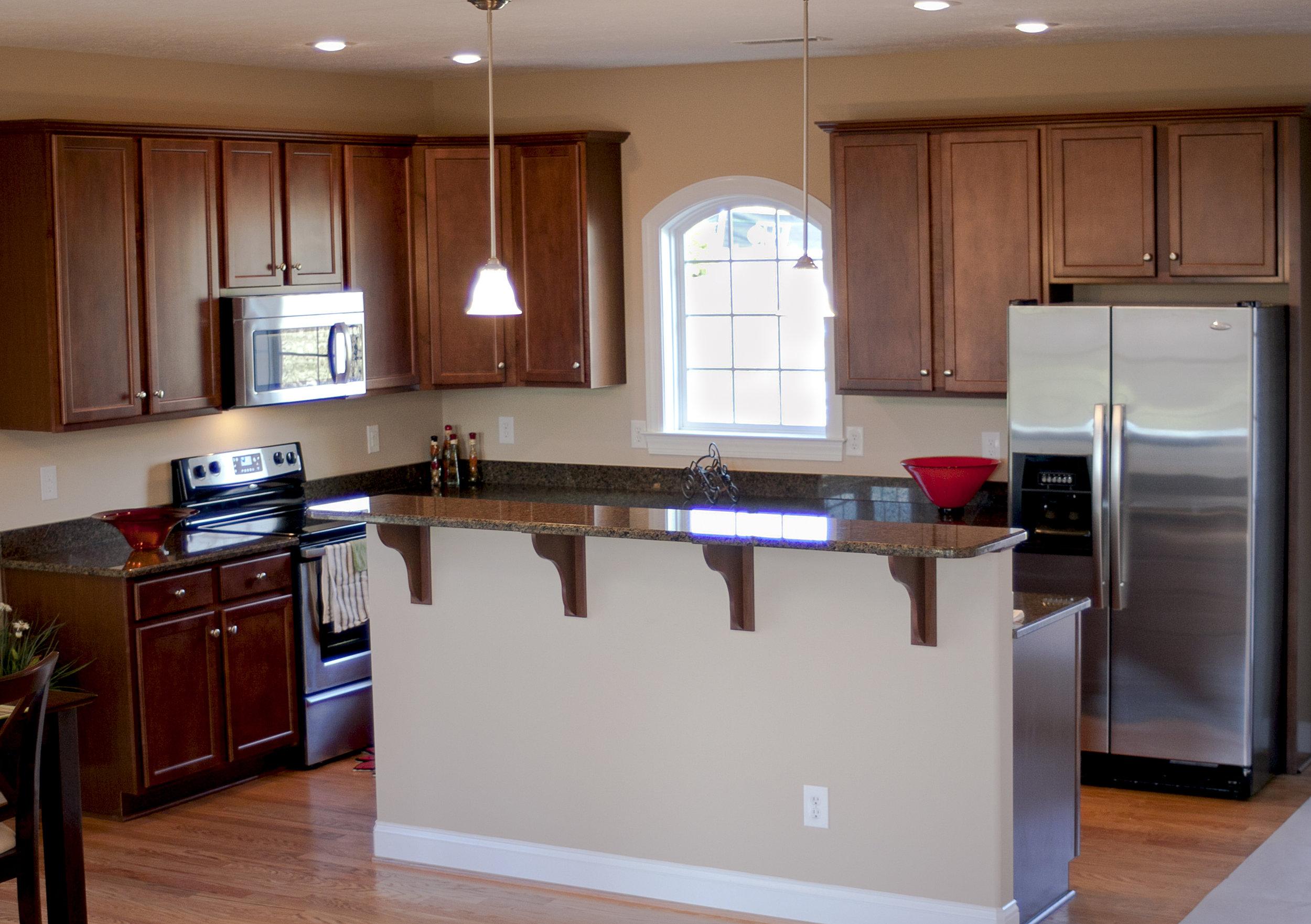 905 Kentwood kitchen3 (2).jpg