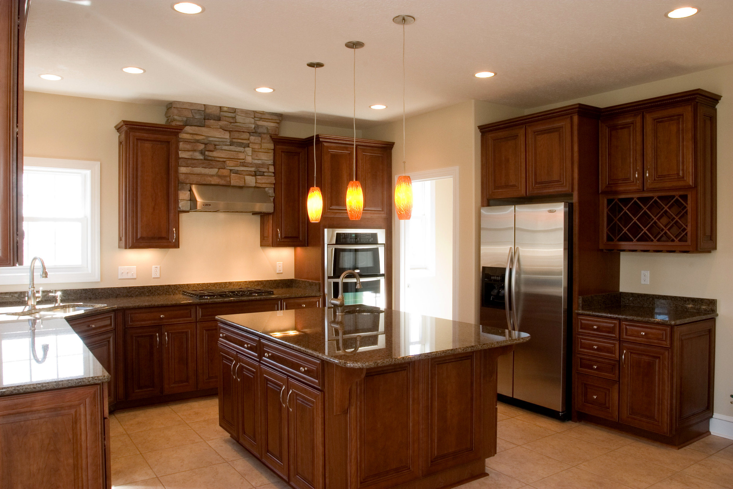 04 Mountain Side Drive Kitchen 1.jpg