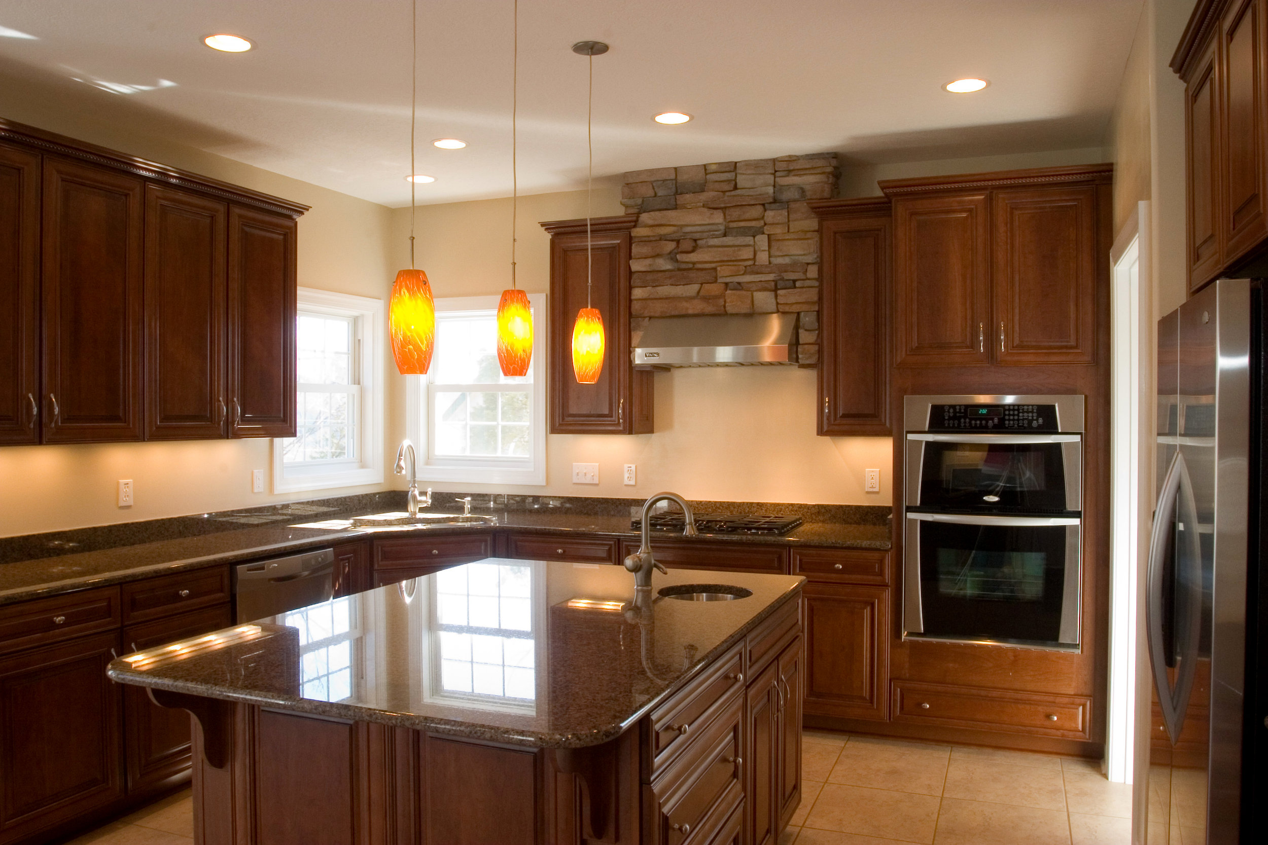 05 Mountain Side Drive Kitchen 2.jpg