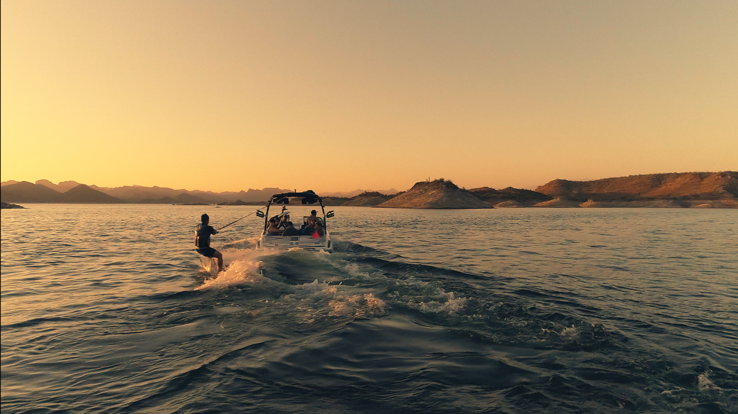 Drone-Wakeboarding-Sunset2.png