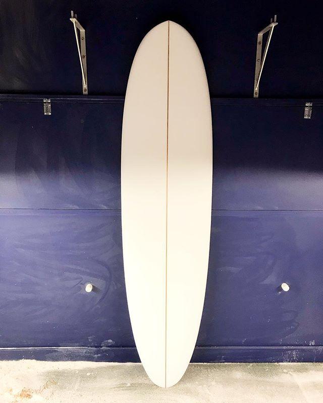 "6'10"" #custom #handshape for Bruce @dessa_store in #perigianbeach #middy #shaper•m•wilkerson"