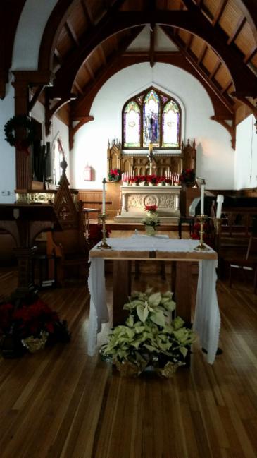 West Campus Altar, Christmas Season