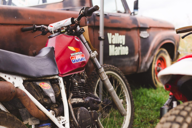 kelowna-vintage-motorcycle-racing-okanagan-motorcycle-racing-canadian-flat-track-racing (4 of 15).jpg