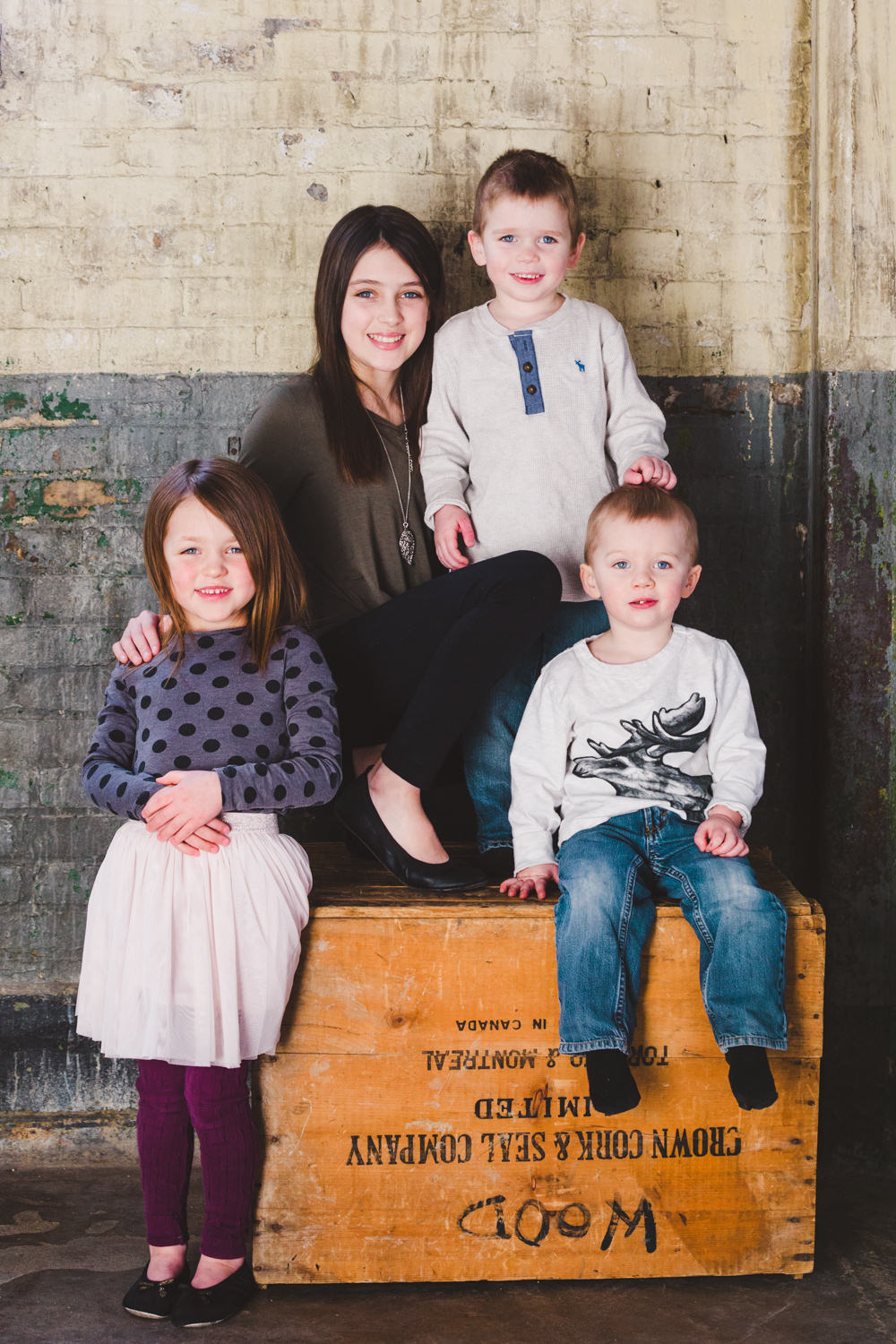 okanagan-family-photography-top-kelowna-family-photographer-large-family-photographer-julie-dorge (10 of 20).jpg