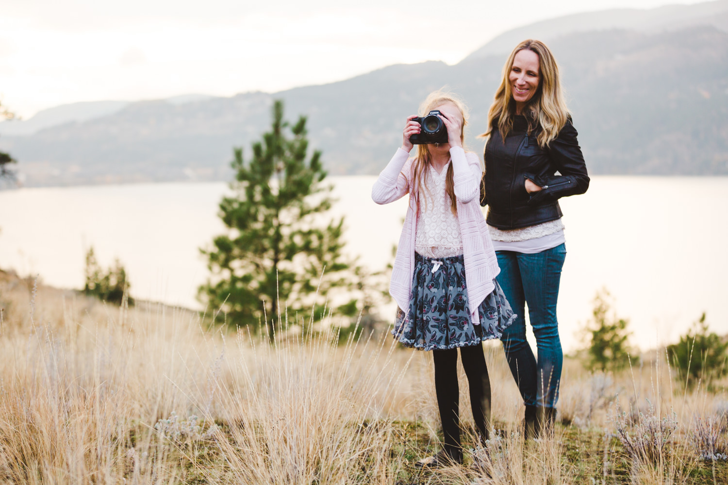 knox-mountain-family-photos-knox-mountain-photographer-knoz mountain-kelowna-bc-knox-moutain-mother-daughter-photography-by-julie-dorge (27 of 27).jpg
