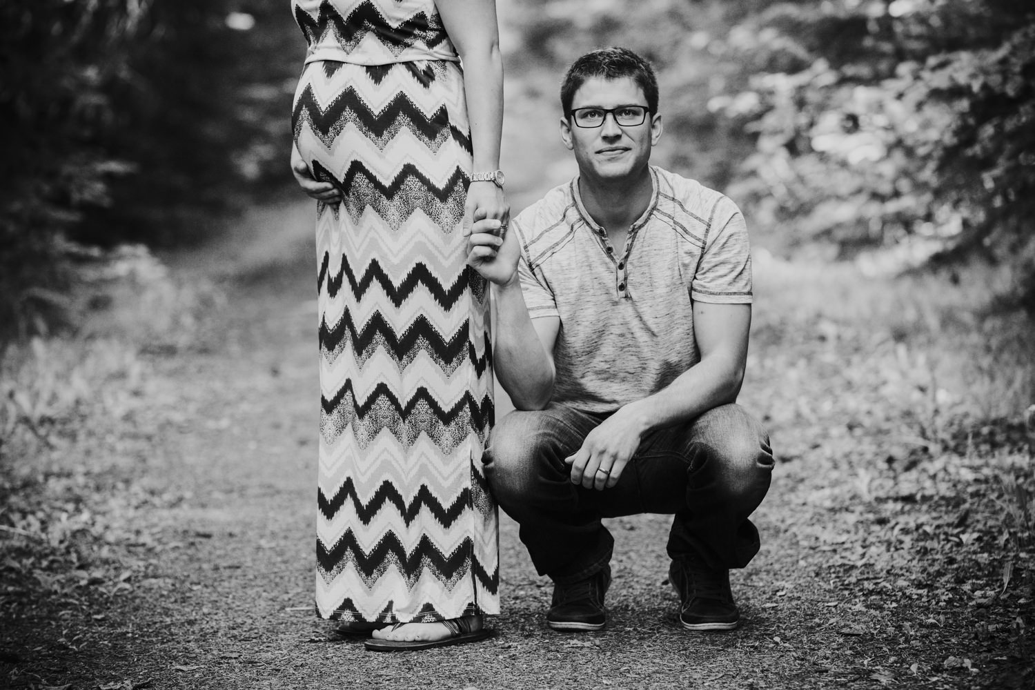 quesnel-bc-ten-mile-lake-maternity-session-quesnel-maternity-photographer-kelowna-maternity-photographers-okanagan-meternity-photographer (4 of 32).jpg