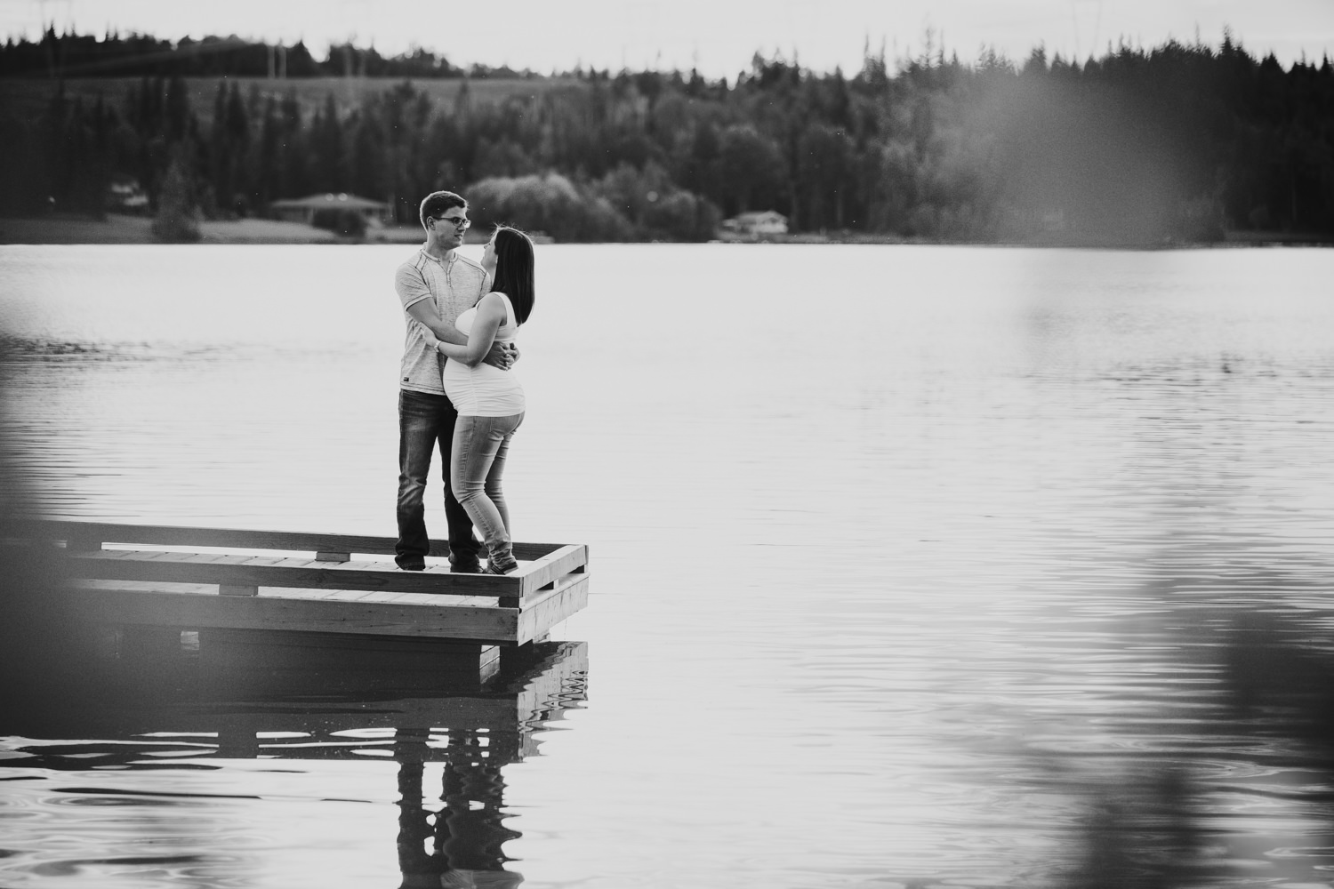 quesnel-bc-ten-mile-lake-maternity-session-quesnel-maternity-photographer-kelowna-maternity-photographers-okanagan-meternity-photographer (31 of 32).jpg