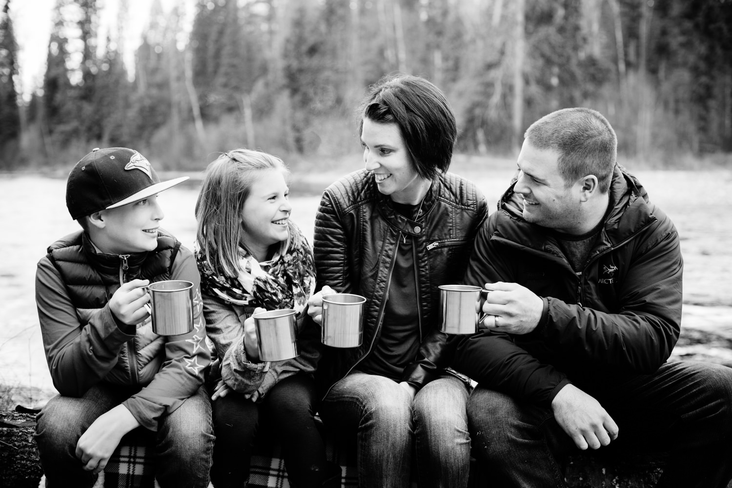 quesnel-family-photographers-quesnel-family-photography-cotton-wood-river-quesnel-bc-kelowna-photographer-julie-dorge (46 of 48).jpg