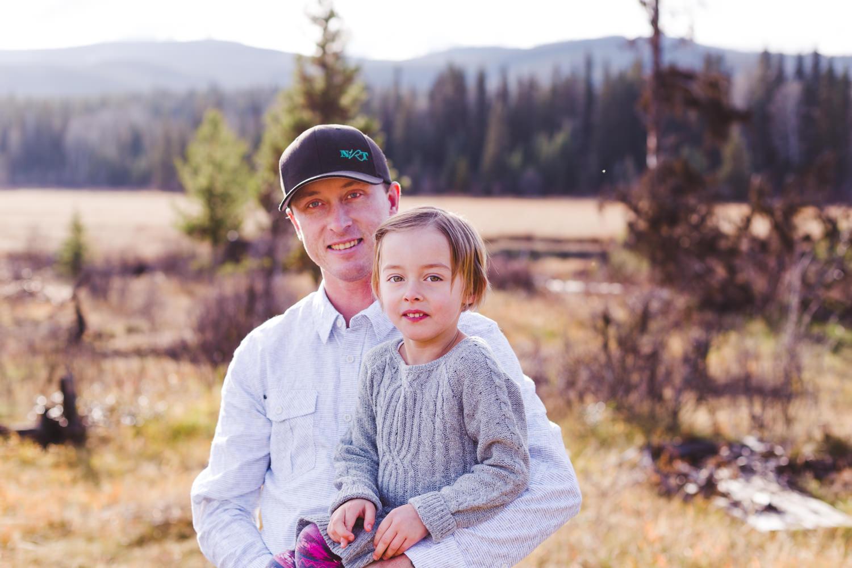 kelowna-outdoor-family-photography-family-advernture-photographers-okanagan-bc-kids-photos-julie-dorge (17 of 58).jpg