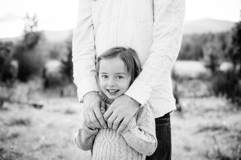 kelowna-outdoor-family-photography-family-advernture-photographers-okanagan-bc-kids-photos-julie-dorge (22 of 58).jpg