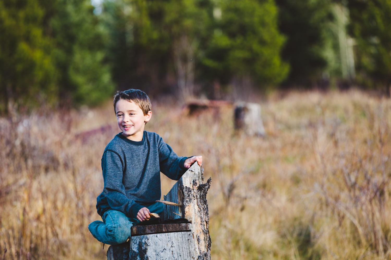 kelowna-outdoor-family-photography-family-advernture-photographers-okanagan-bc-kids-photos-julie-dorge (41 of 58).jpg