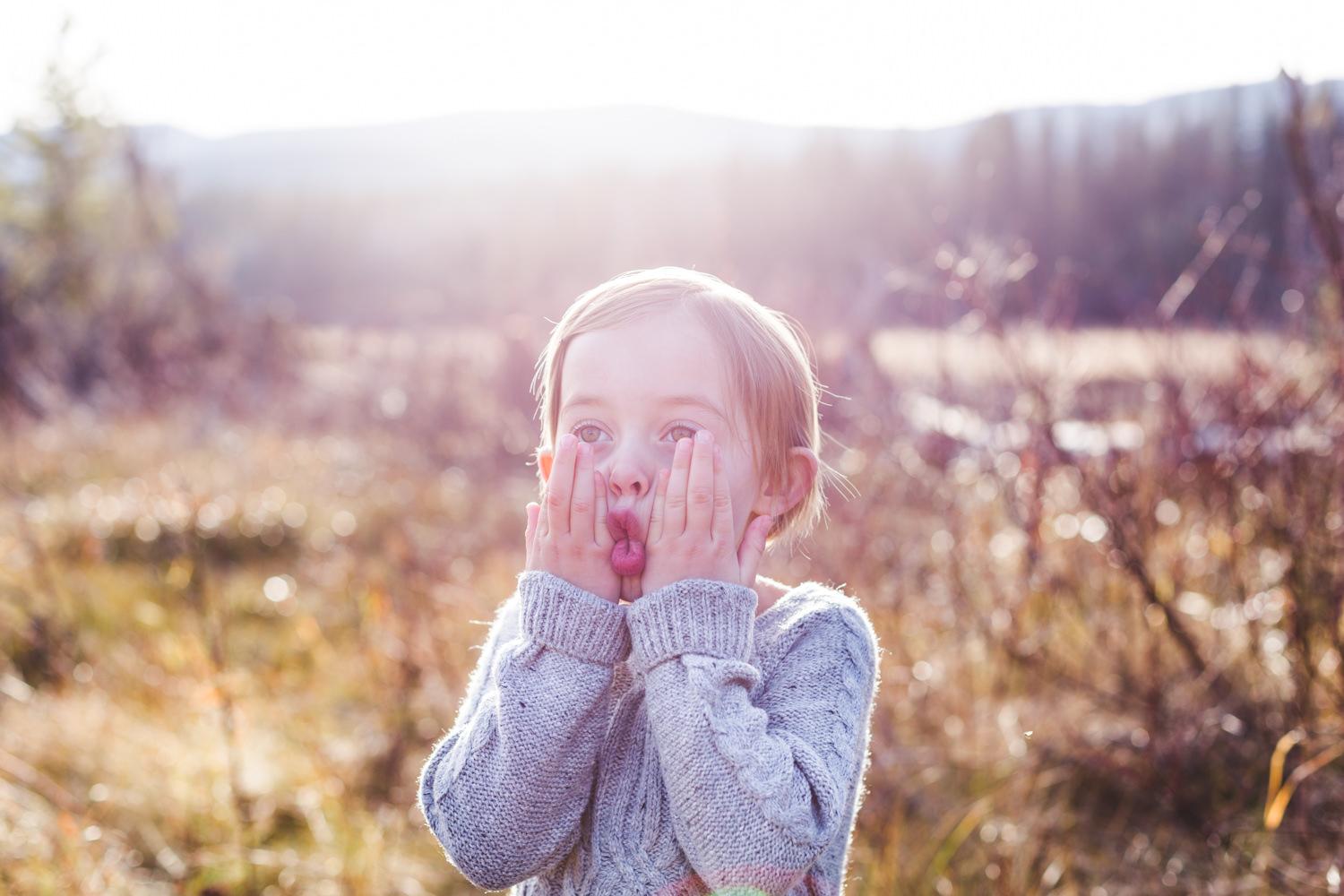 kelowna-outdoor-family-photography-family-advernture-photographers-okanagan-bc-kids-photos-julie-dorge (49 of 58).jpg