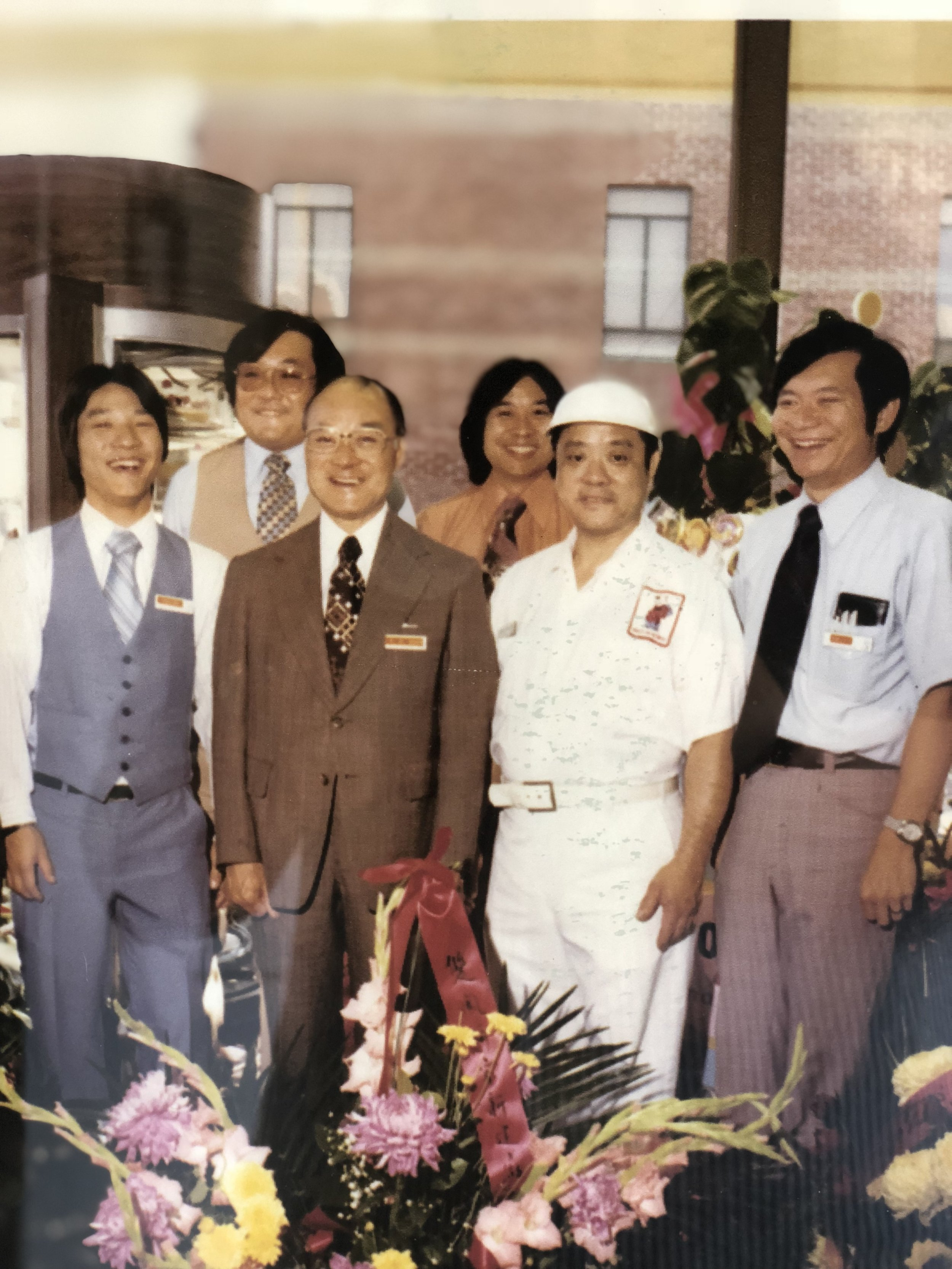 Featured from left to right: Youlen, Kellogg, F.C. Ken, Lun & Kelly Chan
