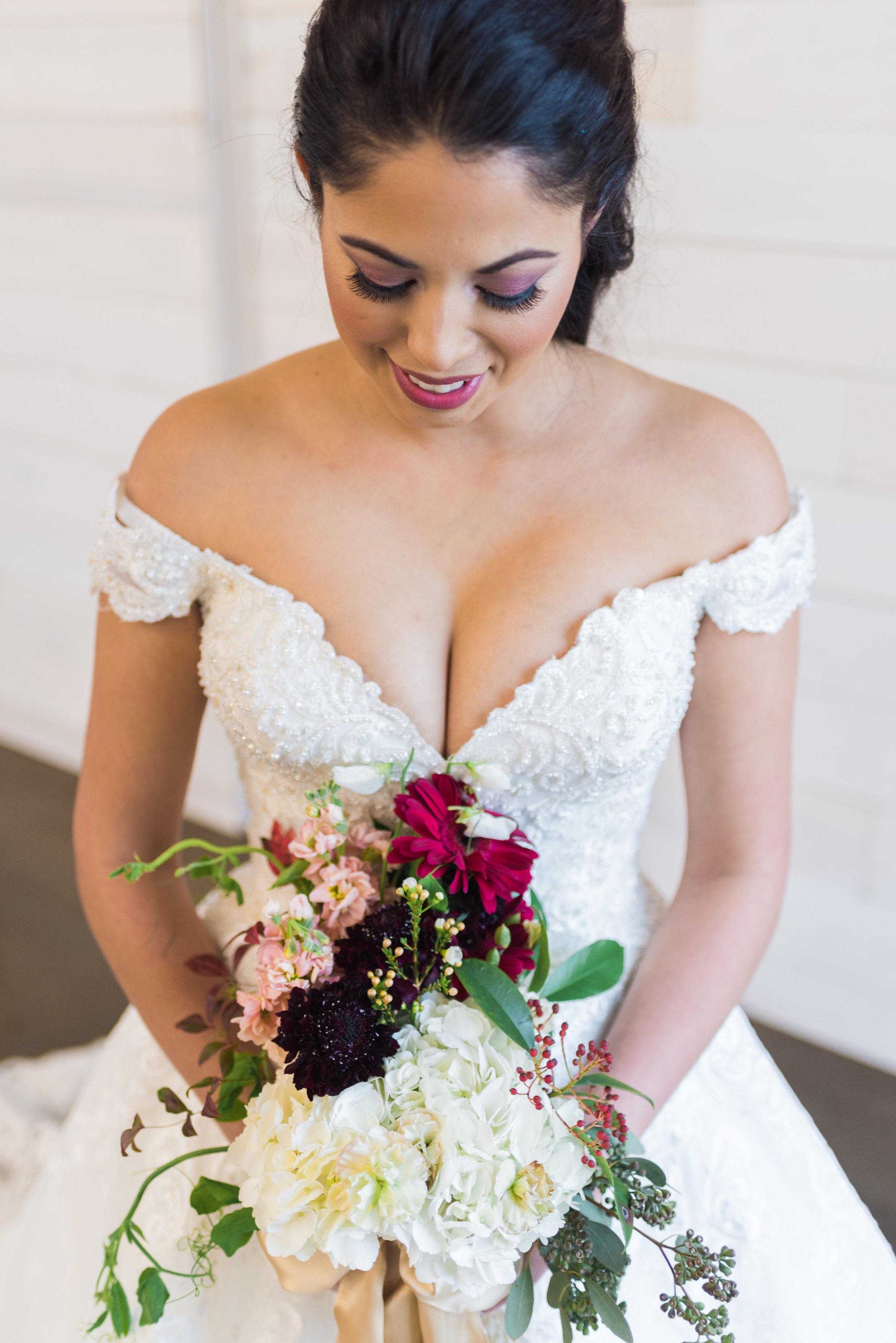 Blushing Bride Wildflower Wedding Venue-Bridal-0039.jpg