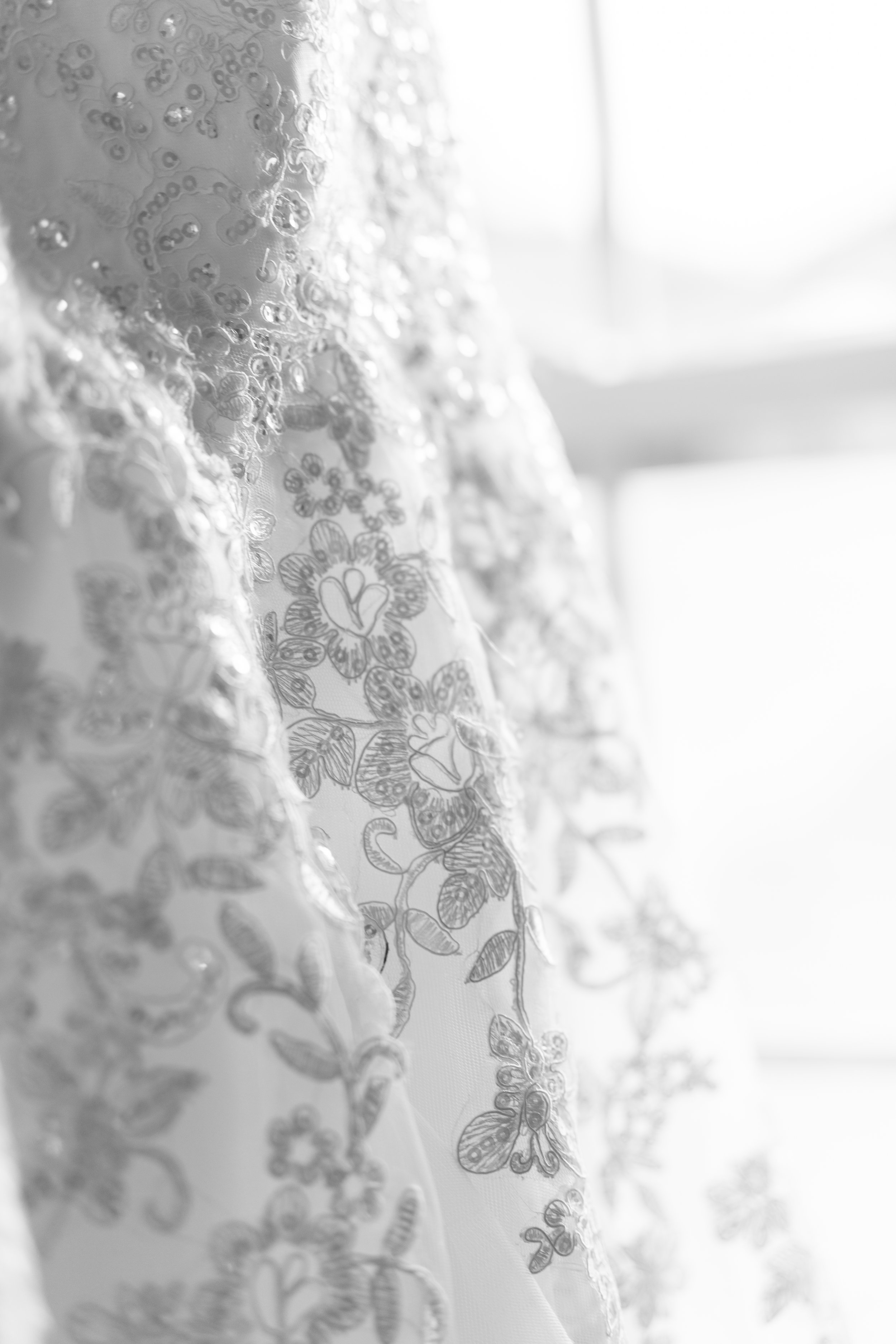 jessica-stephen-bishop-wedding-20.jpg