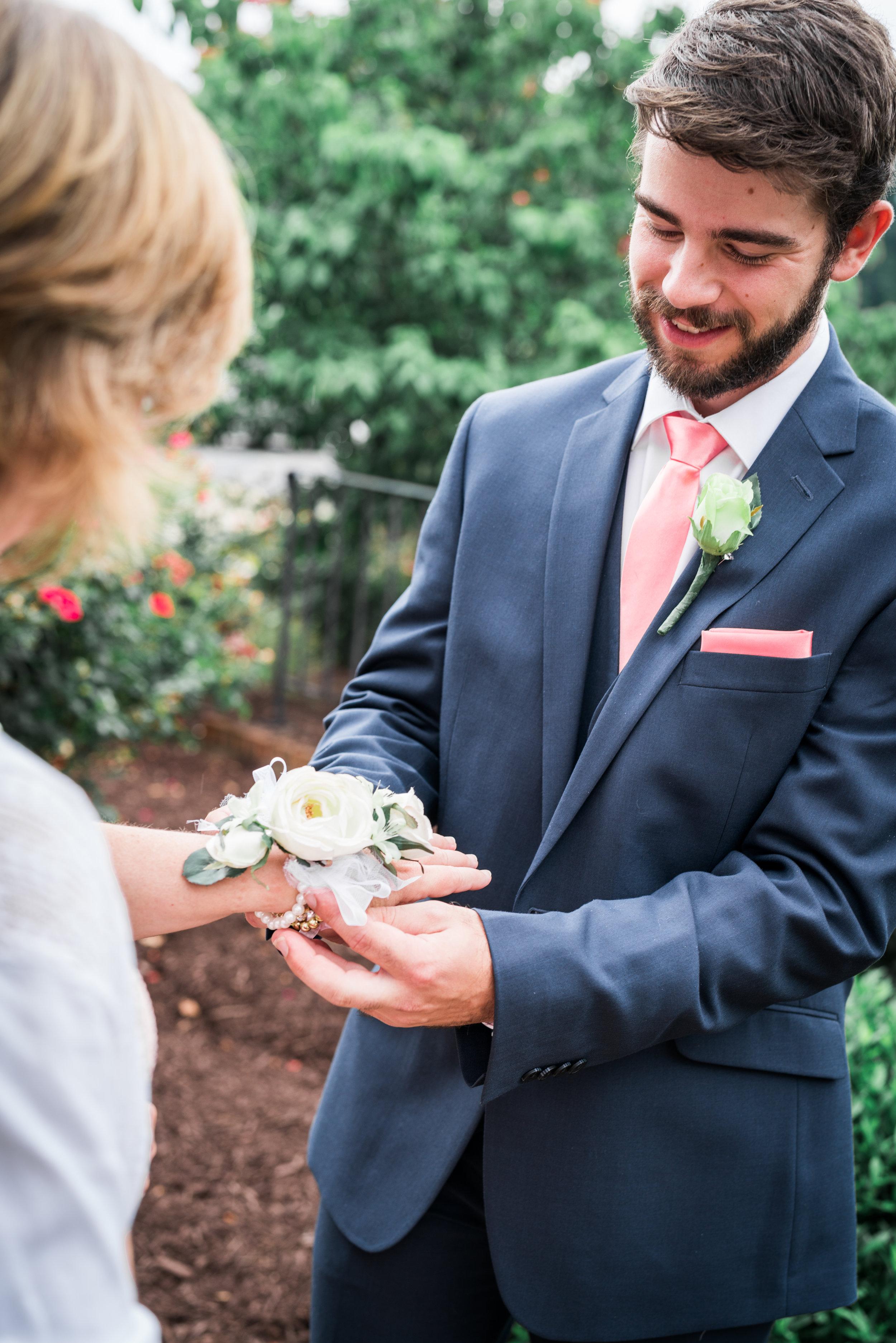 jessica-stephen-bishop-wedding-159.jpg
