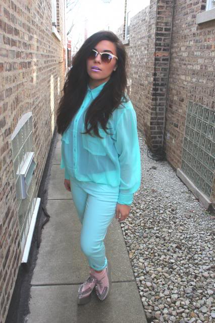 pastel outfit of the day
