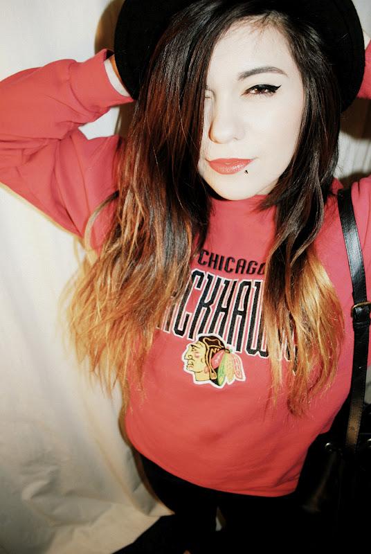 chicago blackhawks sweater